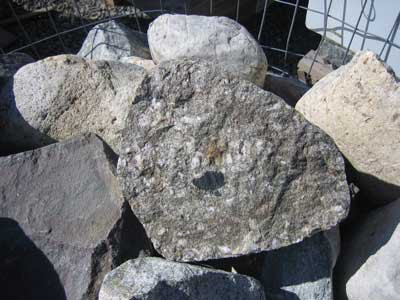 Split-Fieldstone-Closeup