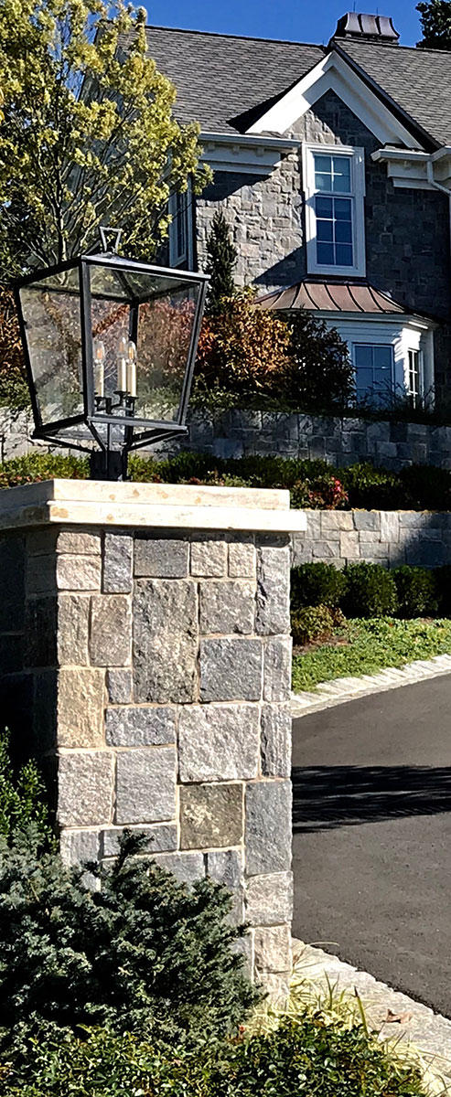 Outdoor stone light pillar