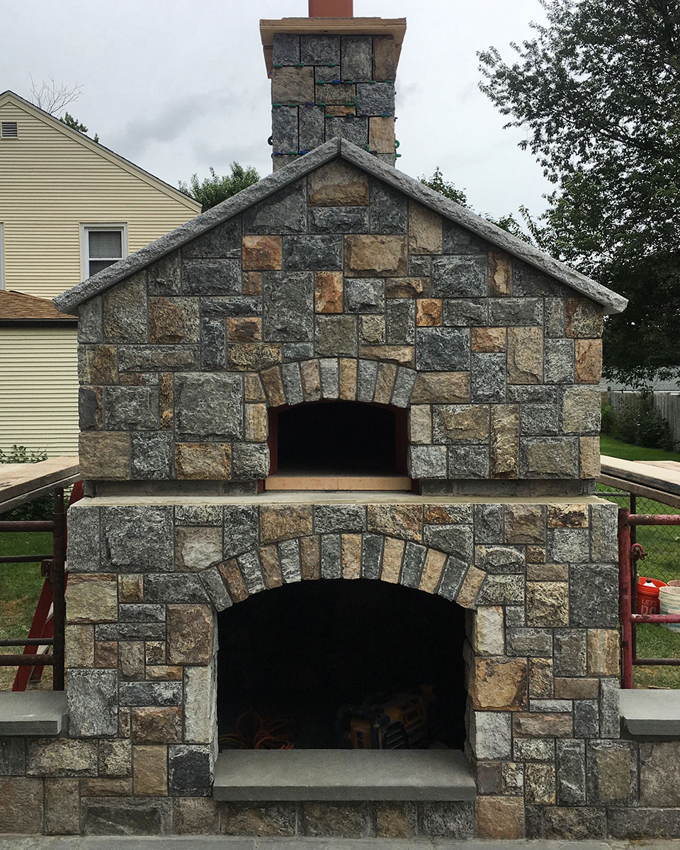 Outdoor stone stove